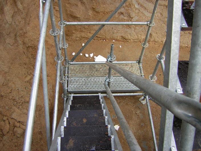 escalera de acceso andamio